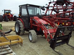 Tractor For Sale 2005 Case IH DX45 , 45 HP