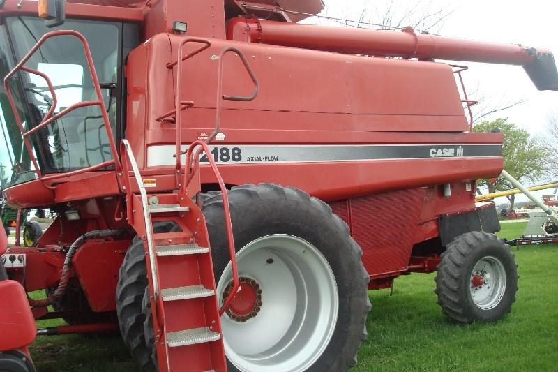 1996 Case IH 2188 Combine For Sale