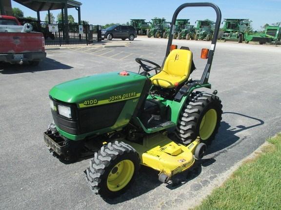 2000 John Deere 4100 Tractor For Sale