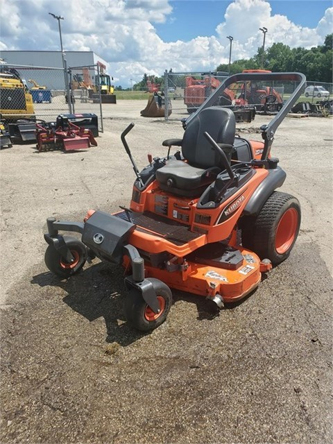 2015 Kubota ZD1211 Zero Turn Mower