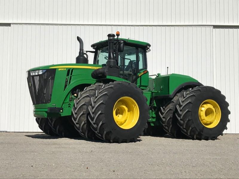 2015 John Deere 9520R Tractor For Sale