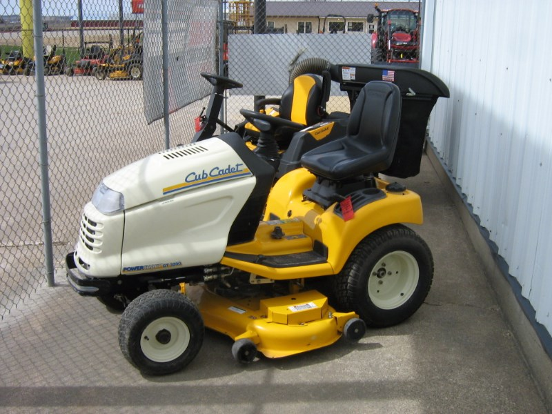 Cub Cadet GT3200 Riding Mower For Sale