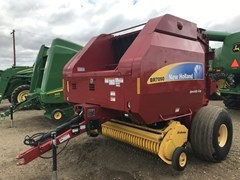 Baler-Round For Sale:  2012 New Holland BR7090