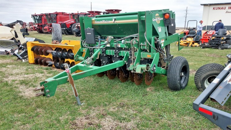 Great Plains 605NT Grain Drill For Sale