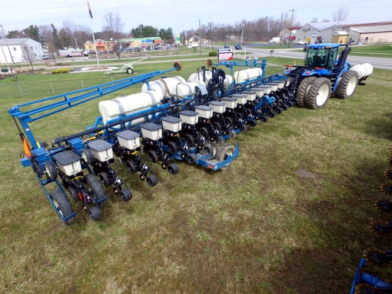 Kinze 3650 Planter For Sale