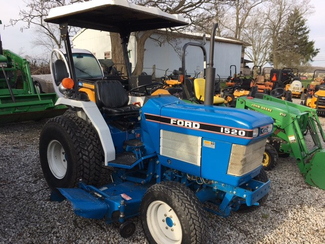 1991 Ford New Holland 1520 Tractor For Sale