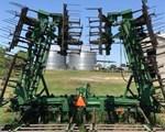 Field Cultivator For Sale: 1998 John Deere 980