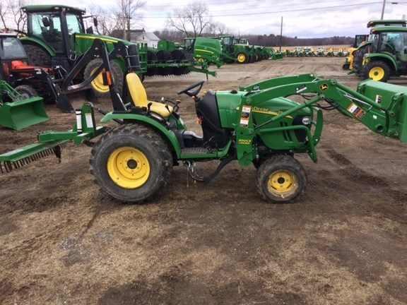 2010 John Deere 2520 Tractor For Sale