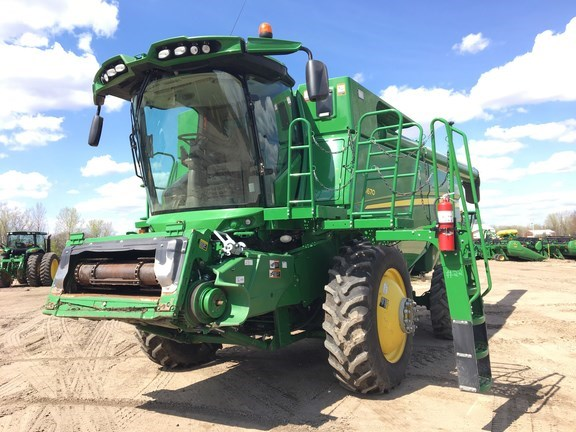 2015 John Deere S670 Combine For Sale