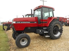 Tractor For Sale 1989 Case IH 7110 , 135 HP