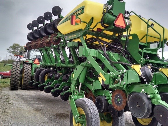 2012 John Deere 1790 Planter For Sale