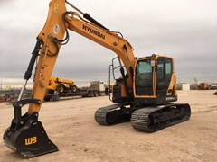 Excavator-Track  2016 Hyundai HX145LCR