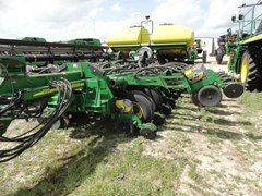 Planter For Sale:  2011 John Deere 1790 CCS