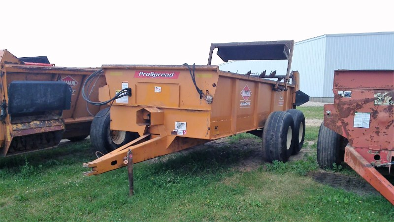 Kuhn Knight 1140 Manure Spreader-Dry For Sale
