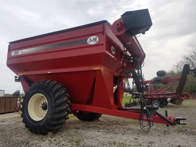 2014 J & M 750-18 Grain Cart For Sale