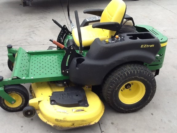 2007 John Deere Z445 Riding Mower For Sale