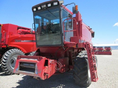 Combine For Sale:  1990 Case IH 1640