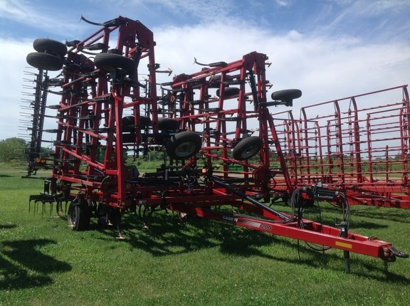 2012 Case IH 200 TigerMate II Field Cultivator For Sale