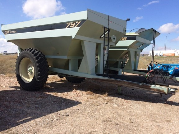 1997 Orthman 797 Grain Cart For Sale
