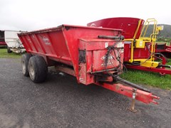 Manure Spreader-Dry/Pull Type For Sale 2013 Kuhn Knight 8124