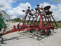 Field Cultivator For Sale:  Case IH 4800