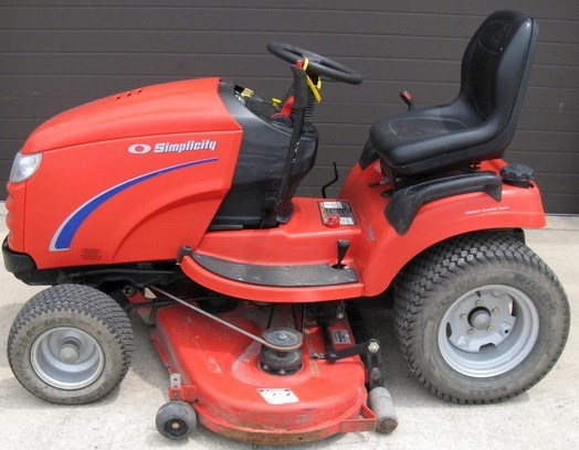 Simplicity CONQUEST Riding Mower For Sale