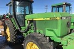 Tractor For Sale:  1993 John Deere 4560 , 155 HP