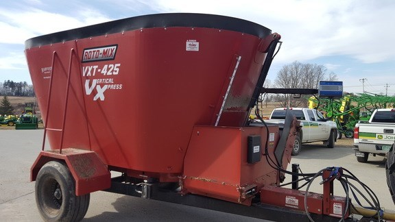2013 Roto-Mix 425 Grinder Mixer For Sale