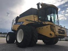 Combine For Sale 2013 New Holland CR8090