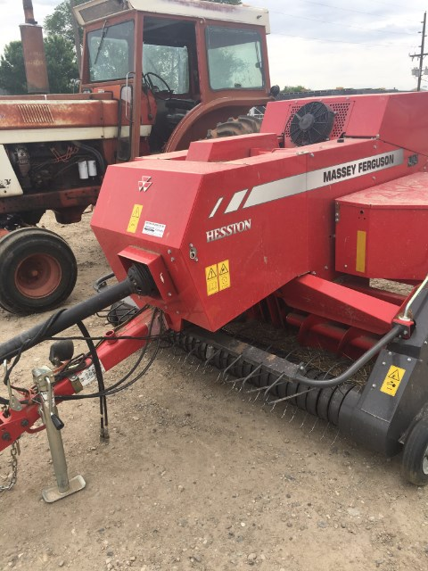 2015 Massey Ferguson 1840 Baler-Square For Sale