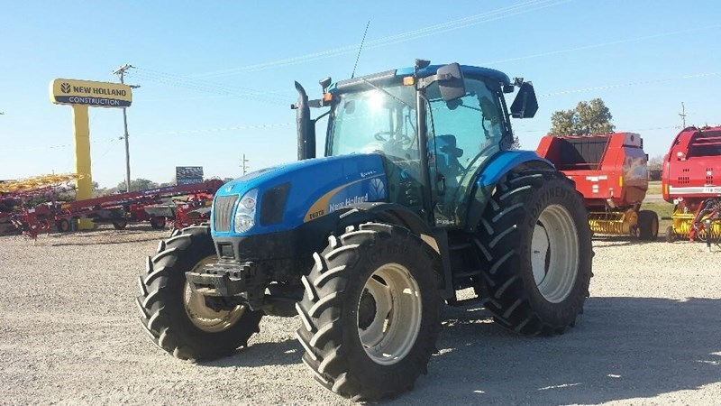 2013 New Holland T6070 Tractor For Sale