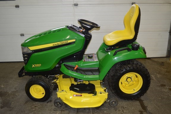 2015 John Deere X590 Riding Mower For Sale