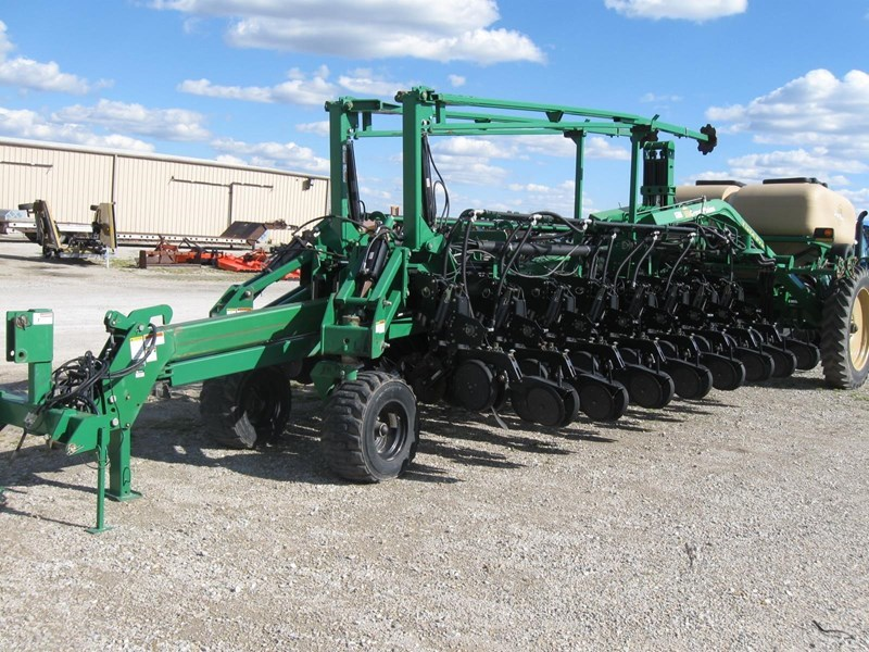 2006 Great Plains YP1625-32TR Planter For Sale