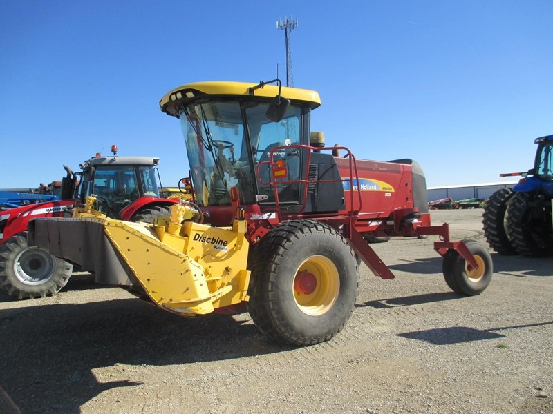 2008 New Holland H8080 Windrower-Self Propelled For Sale