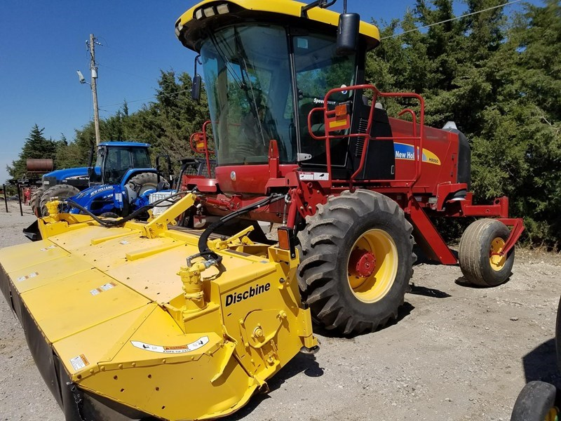 2010 New Holland H8060 Windrower-Self Propelled For Sale