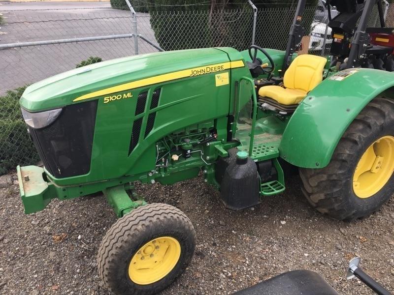 2014 John Deere 5100ML Tractor For Sale