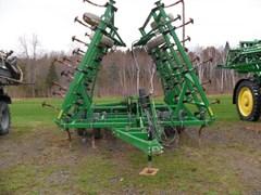Field Cultivator For Sale:  2003 John Deere 980