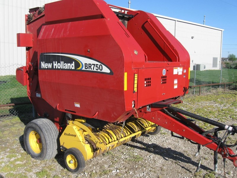 2003 New Holland BR750 Baler-Round For Sale