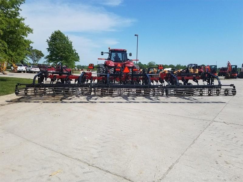 2016 Case IH TIGERMATE 200 Field Cultivator For Sale