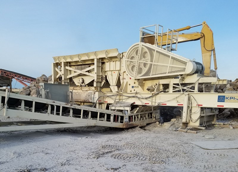 2000 Pioneer CS3350 Crusher - Jaw For Sale