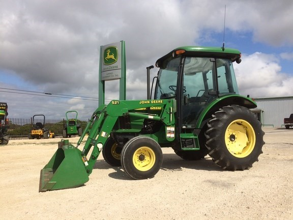 2001 John Deere 5220 Tractor For Sale