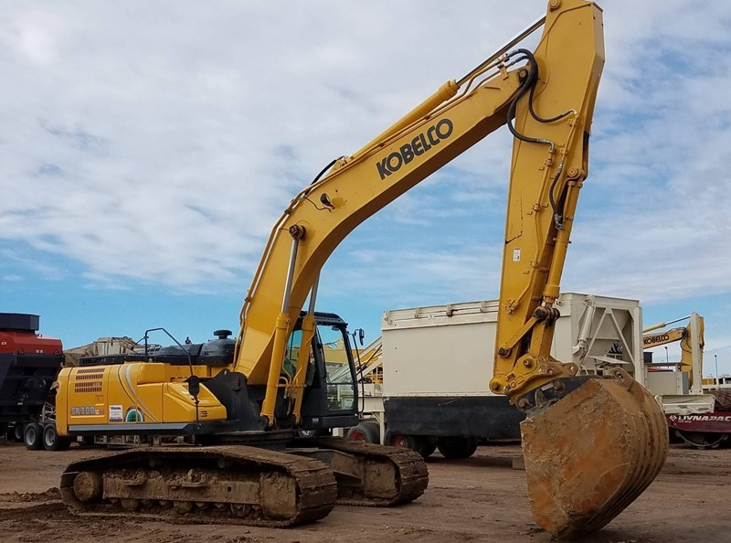 2017 Kobelco SK300LC-10 Excavator For Sale