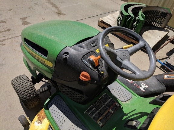 2010 John Deere LA115 Riding Mower For Sale