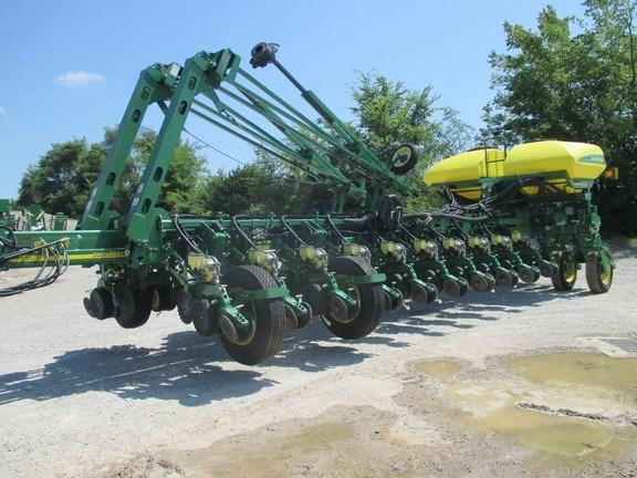 2014 John Deere 1770NT Planter For Sale