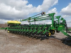 Planter For Sale:  2013 John Deere DB90