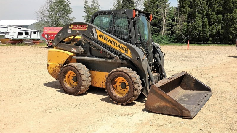 2013 New Holland L225 Skid Steer For Sale