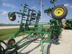 Field Cultivator For Sale 2005 John Deere 2200