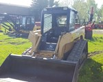 Skid Steer-Track For Sale: 2004 John Deere CT322