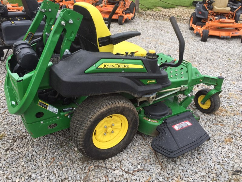 2015 John Deere Z915B Riding Mower For Sale