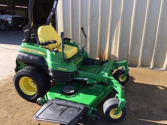 2008 John Deere Z850A Riding Mower For Sale